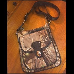 Realtree APG Camo Purse